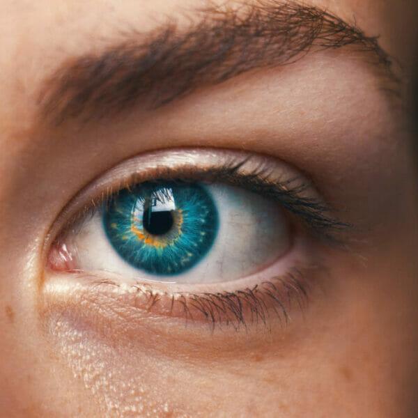 amanda-hobley-iridology